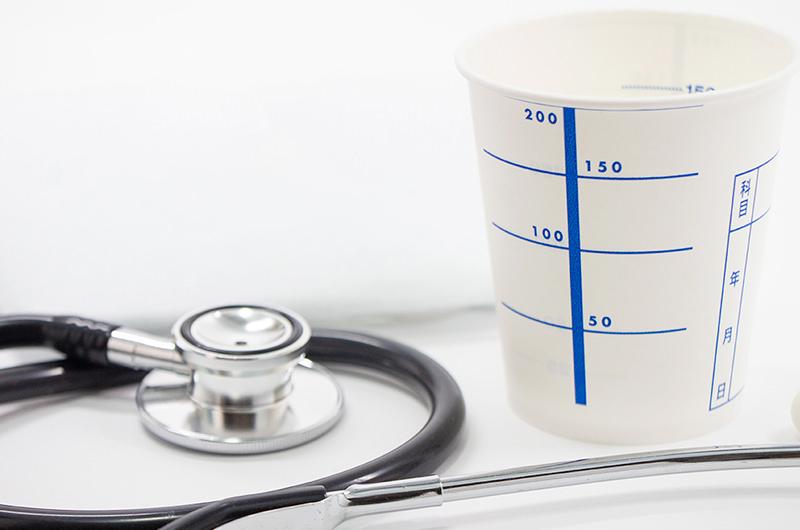 専門的な検査で尿の状態を詳しく調べます